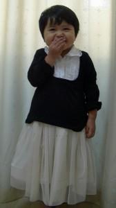子供用チュールスカート(きなり)着画